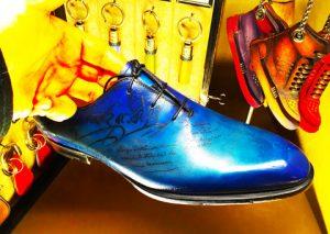 ベルルッティ,靴,青,パティーヌ